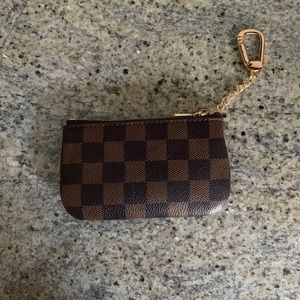 KEY/CHAIN/COIN WALLET CHECKERED PATTERN